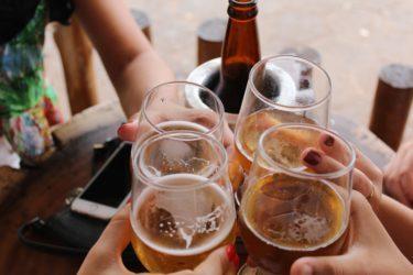 CBDオイルとアルコールの相性はいい?酒飲みに希望の光!